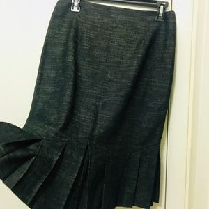 NWOT Blended Gray Skirt Sz5